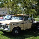 1977 Ford truck w/flatbed installed